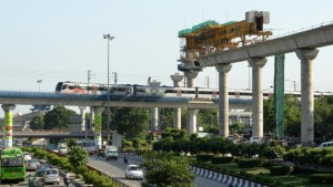 Delhi Metro at Dhaula Kuan - photo: The Hindu, used under Creative Commons License (By 2.0)