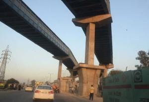 Delhi Metro Unique Pier - photo: The Hindu, used under Creative Commons License (By 2.0)