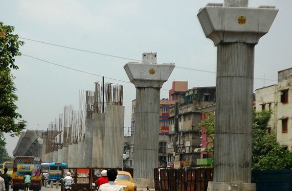 Joka - BBD Bagh Metro Construction - photo: Marginal Matters, used under Creative Commons License (By 2.0)