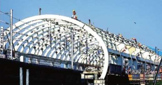Roof work in progress at Guindy station - Photo Copyright: TOI