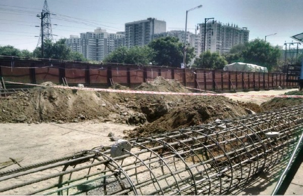 Pile cage - Photo Copyright: rajesh_vsworx - IREF