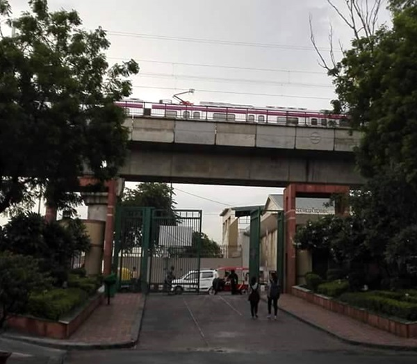 DelhiMetroTrial10