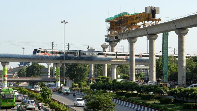 Delhi Metro at Dhaula Kuan - photo: The Hindu, used under Creative Commons License (By 2.0)