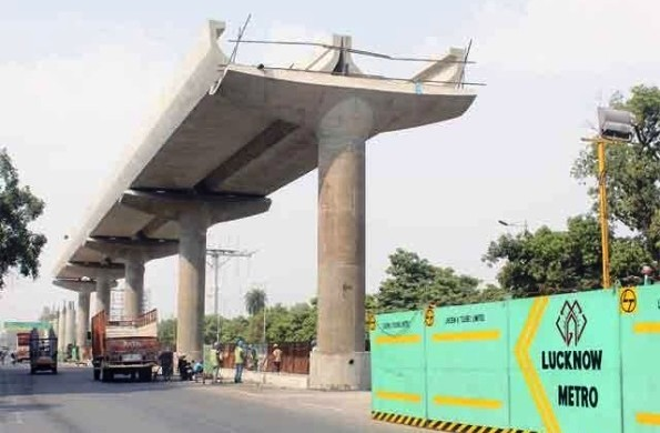 Lucknow Metro's new viaduct - Copyright: Economic Times