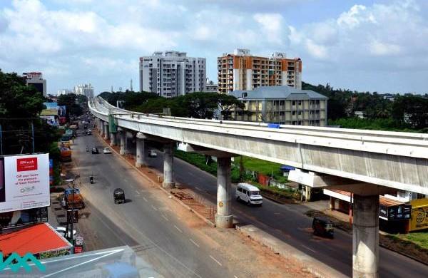 Track installation in progress on Kochi's Metro - Photo Copyright: