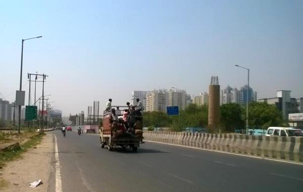Noida3
