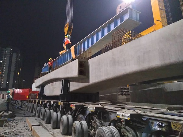 J Kumar Launches 1st Platform Pier Cap for Mumbai Metro's Line-2 - The  Metro Rail Guy